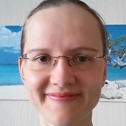 Репетитор Бузлаева Екатерина Анатольевна - фотография